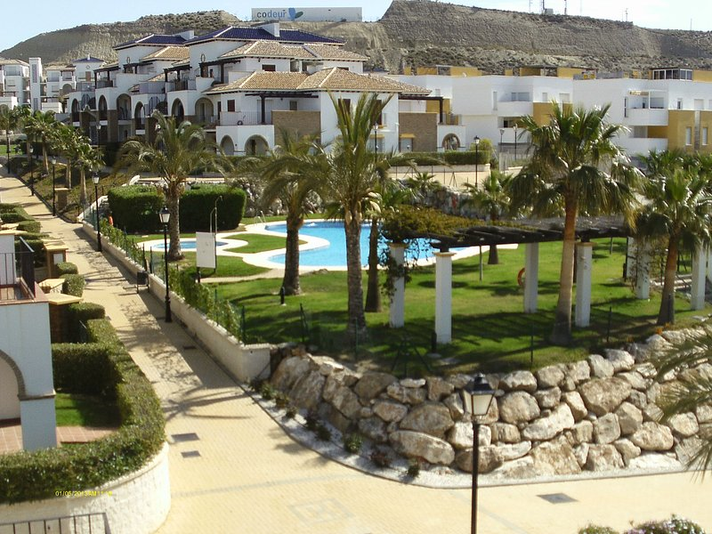 Andalusdreams - AWARD WINNING - apartment (WIFI + IPTV included) #andalusdreams, location de vacances à Vera
