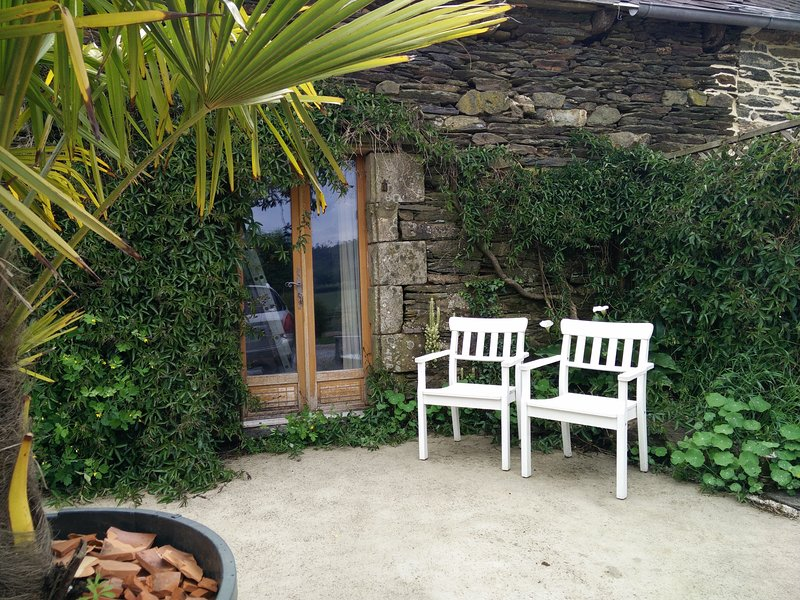 Beautiful French barn set in fantastic countryside, vacation rental in Briec