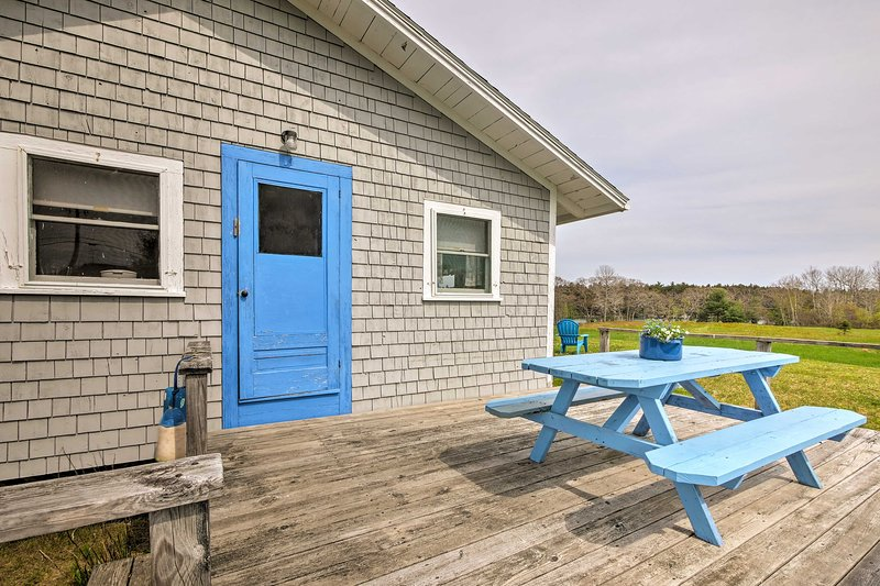 'Blueberry Cottage' on Scenic Back River Cove, holiday rental in Nobleboro