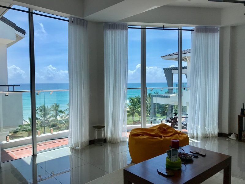 Araliya OceanFront Condos Nilaveli, Trincomalee, holiday rental in Nilaveli