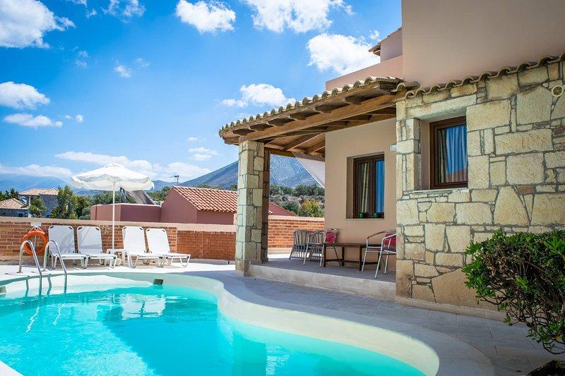 Villa Nymfe - Nine Muses 2 bedroom villa, alquiler vacacional en Chersonisos