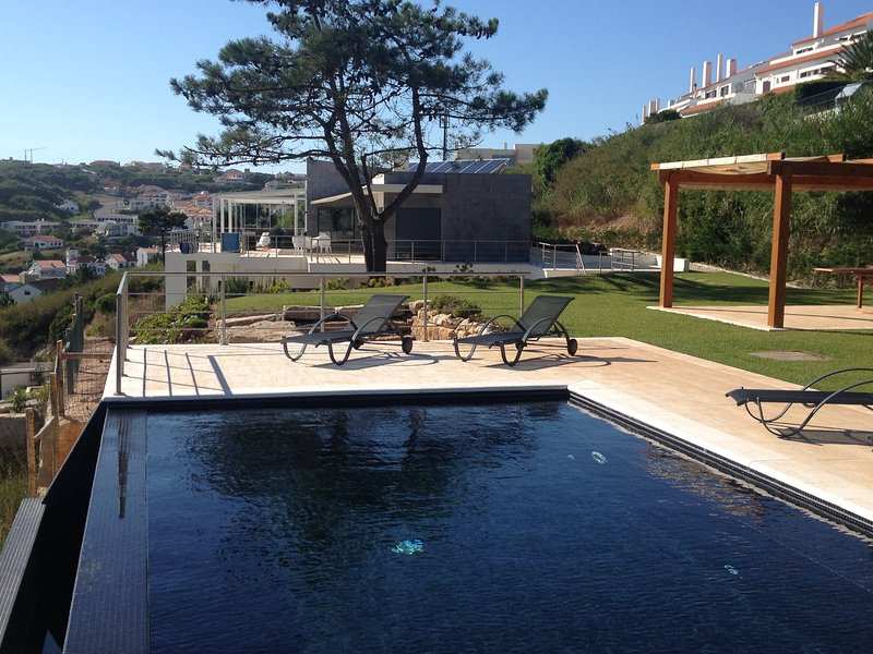 Beautiful House with Stuning view over the lagoon, holiday rental in Cidade