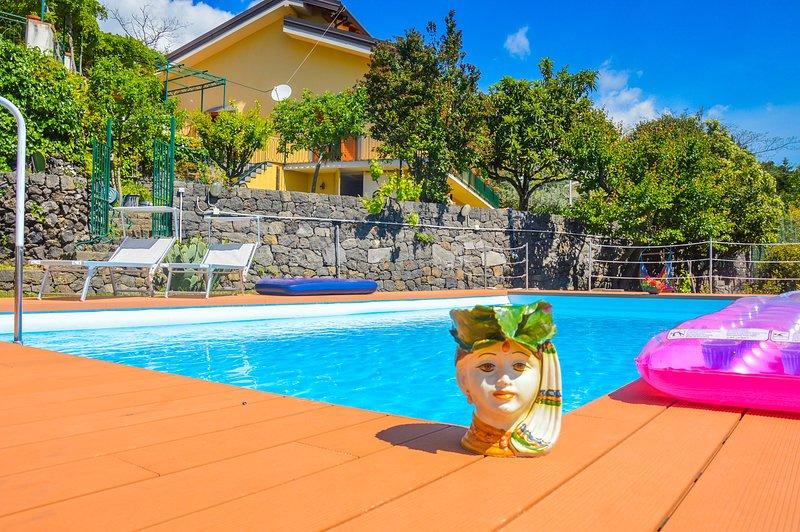 Villa Mamma N'Duccia, holiday rental in Pedara