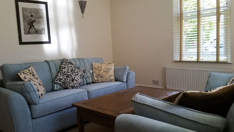 Bath UK 3 Bed Family House, casa vacanza a Batheaston