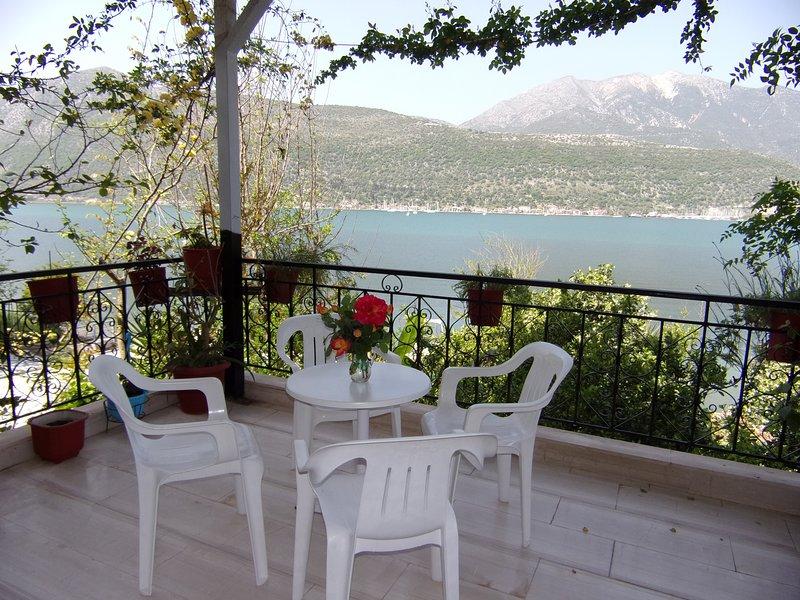 Vaso's Bay House, holiday rental in Vlicho