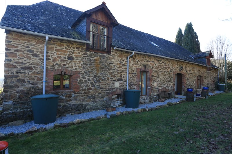 farm house (converted rustic barn), holiday rental in Saint-Pardoux-l'Ortigier