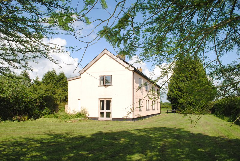 4-bed family house in rural Suffolk setting, location de vacances à Bury St. Edmunds