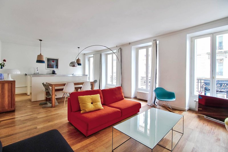Family and modern apartment-3BR/3Bathroom, vacation rental in Montrouge