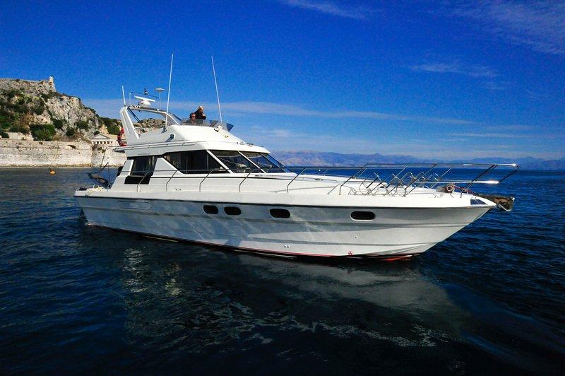 Corfu Yacht Charters, aluguéis de temporada em Corfu Town