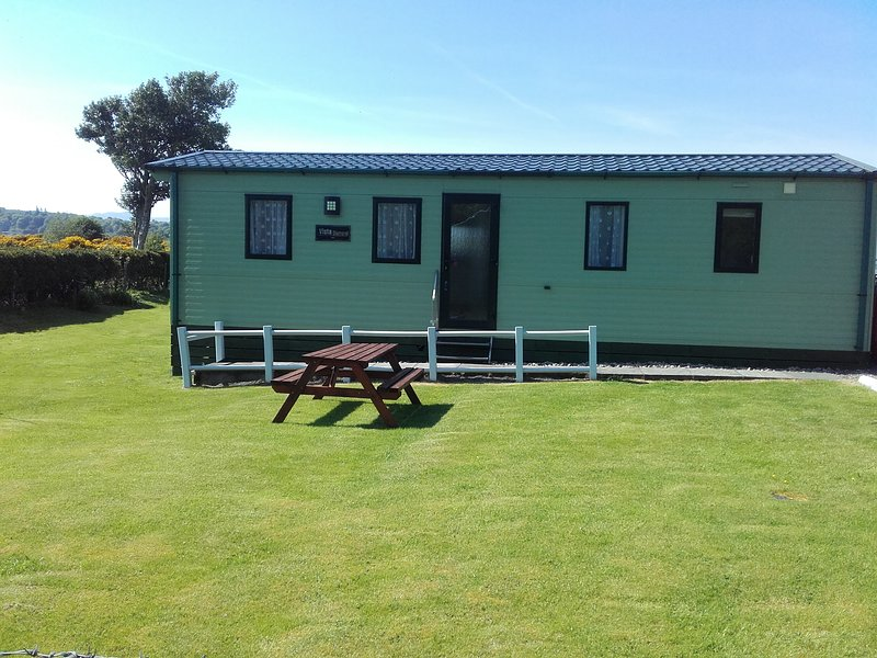 Bayview Caravans Oban, vacation rental in Connel