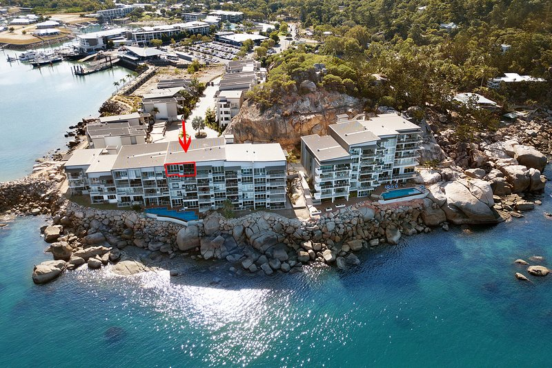 1 Bright Point Apartment 4501, holiday rental in Magnetic Island