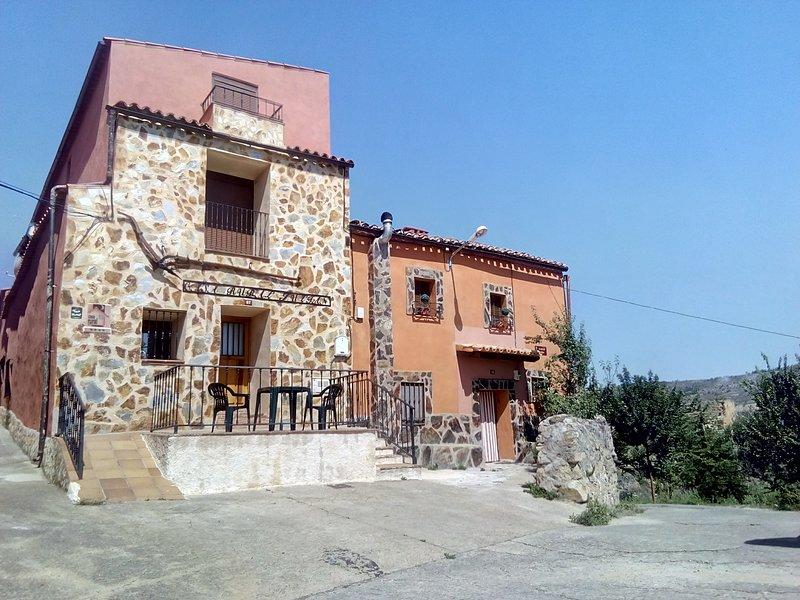 Casa Rural Julian - Medinaceli, vacation rental in Mirabueno