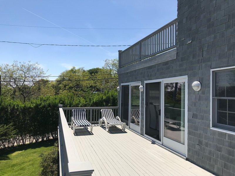 Beach House on Private Treasure Island Drive, alquiler vacacional en Amagansett