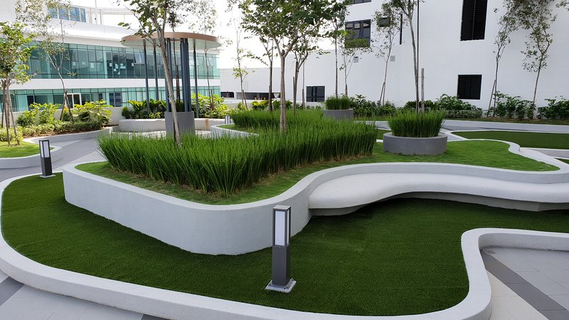 Sky Garden - Chill out here and enjoy greenery in the sky.