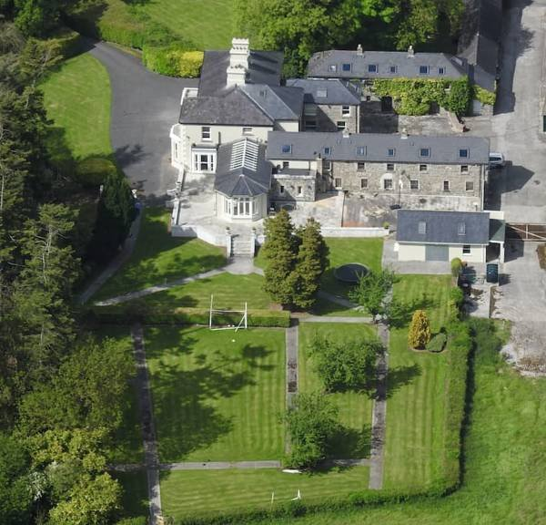 5 Star luxury Corporate Villa holiday letting, vacation rental in Swords