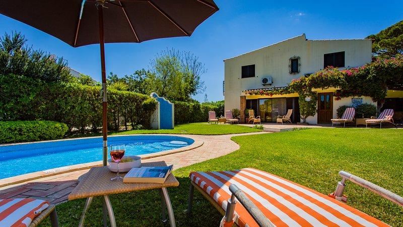 Maison Las Brisas jardin et piscine