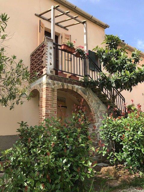 Agriturismo Poggio Tondo, (GLICINE), Pian d'Alma (GR), Costa toscana, holiday rental in Tirli