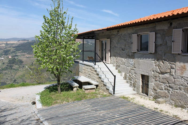 River View Cottage at Terrus Winery, vacation rental in Viseu District