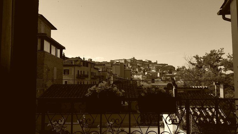 Appartamento con vista su Perugia, holiday rental in Ponte Valleceppi