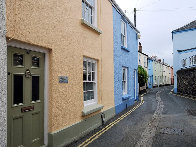 Located in a tucked away position in Appledore