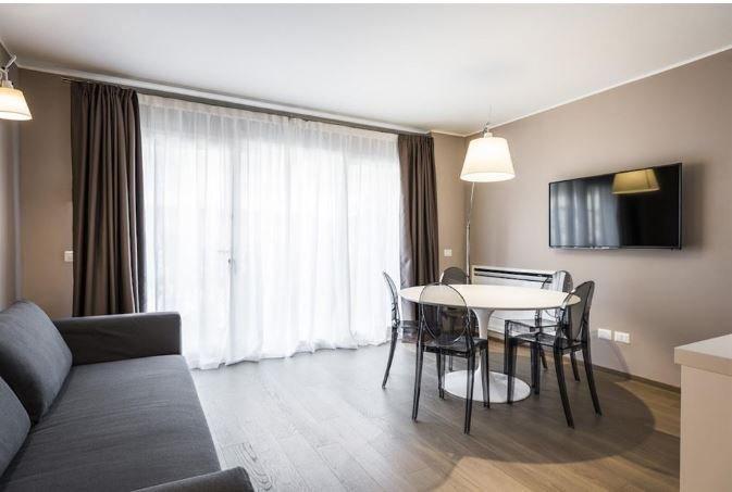 MyPlace Corso Como 11 Appartamento con Terrazza - Aggiornato al 2018 ...