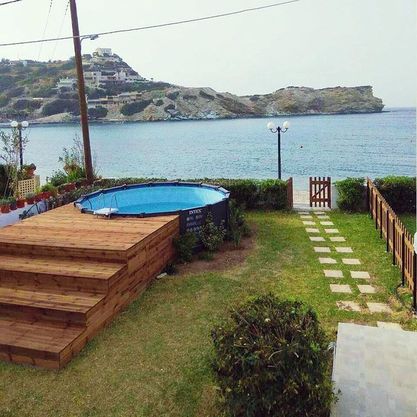 Blissful beach front apartment with swimming pool - Summer house with swimming pool review ...
