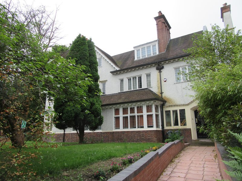 RK Heritage Guest House (Room 4), holiday rental in Walsall