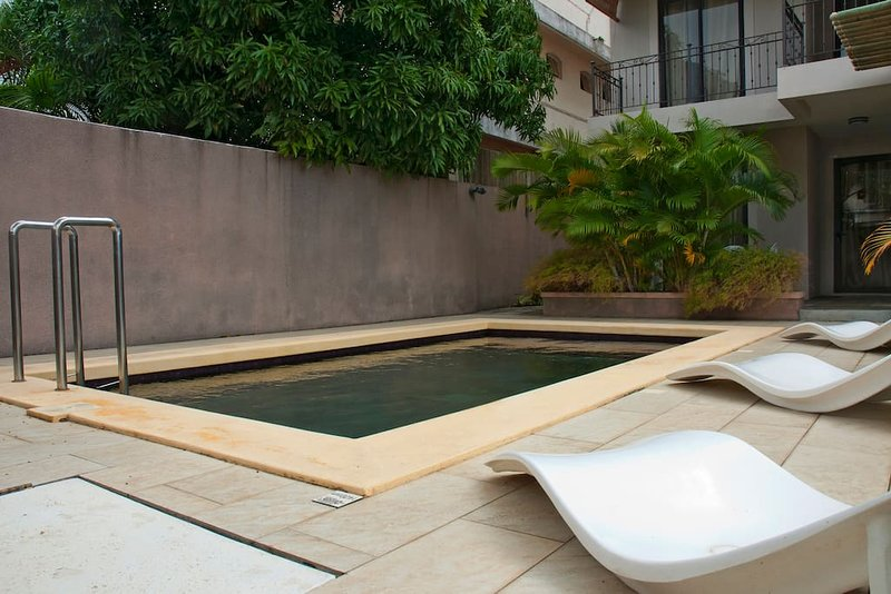 Residence Theresa  a pied plage Mon Choisie, alquiler vacacional en Mont Choisy