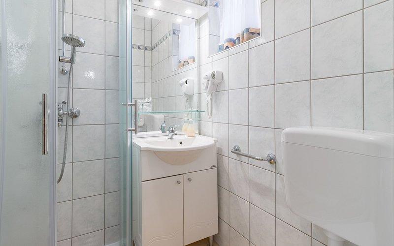 Yellow(2): bathroom with toilet