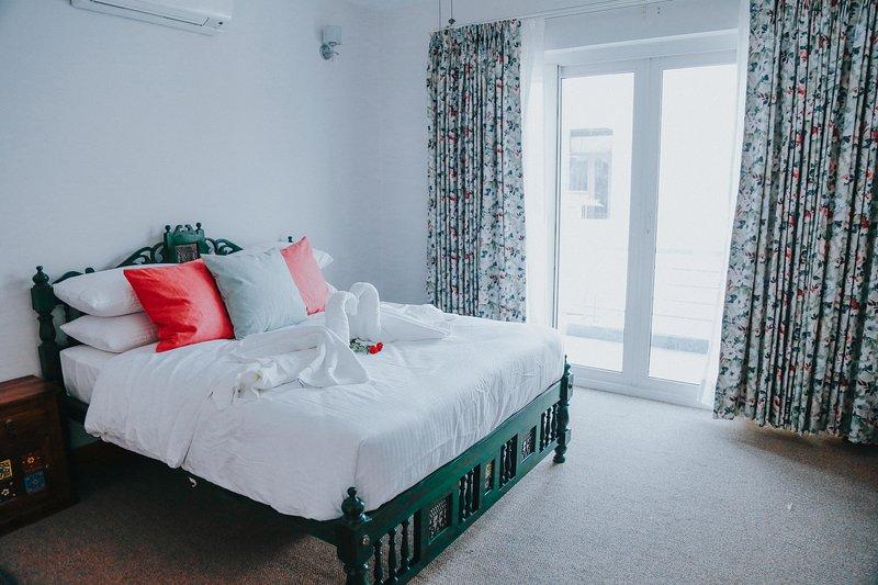 The Mahal- Kasauli Suite, holiday rental in Manimajra