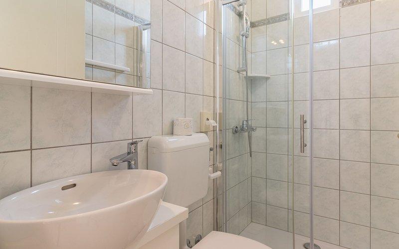 Gold (4): Badezimmer mit Toilette