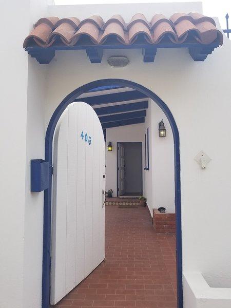 Rosarito, Baja California 5 Star Rated Bed & Breakfast!, vacation rental in Tecate