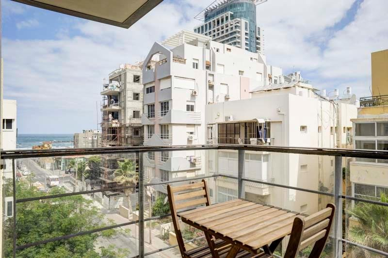 7.Nechamya 20 One bedroom for 2, holiday rental in Tel Aviv