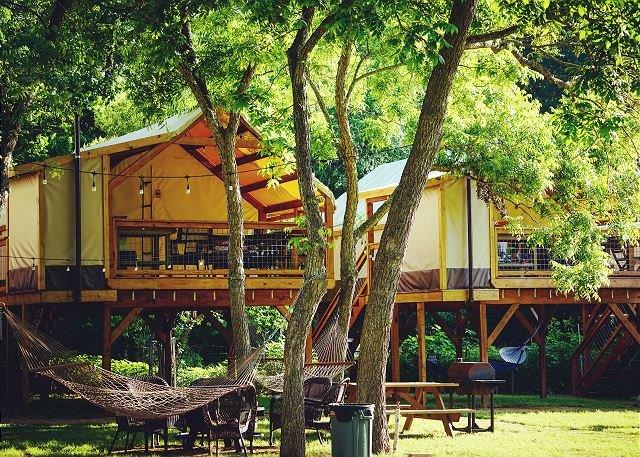 Kayak, & Paddleboard -Getaway Cabin * Geronimo Creek Retreat! w/ Aircondition, casa vacanza a Kingsbury