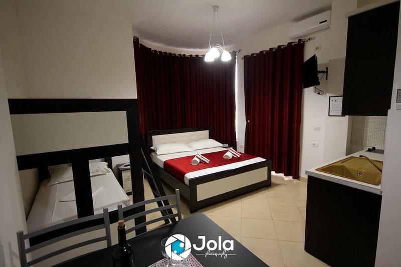 Villa Caca Ksamil (4 persons apartment), holiday rental in Ksamil