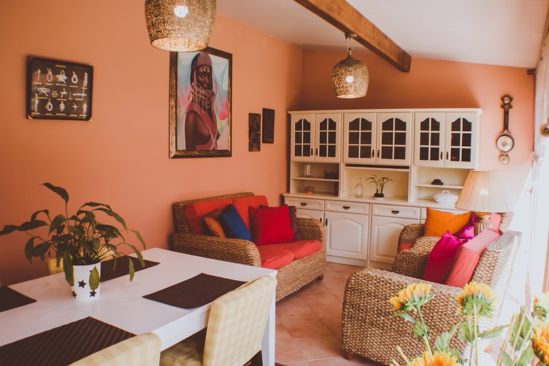Beautiful house with garden & Wifi, vacation rental in Atalaia