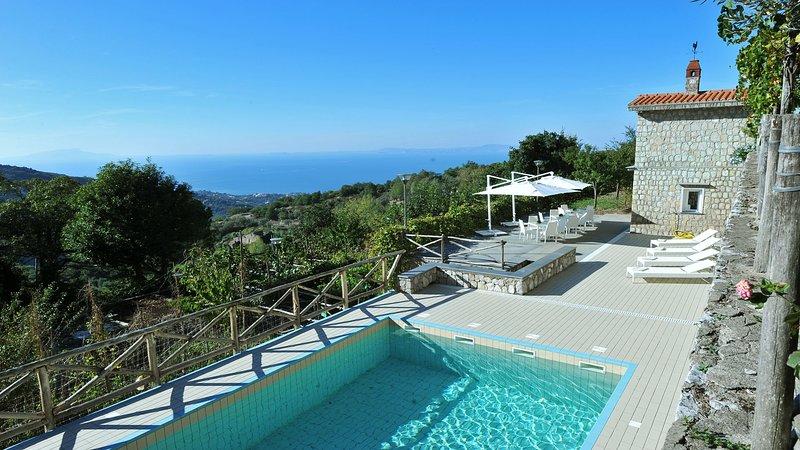Villa Sorrento (01)