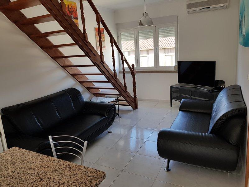Nice apt in Arrentela & Wifi, vacation rental in Barreiro