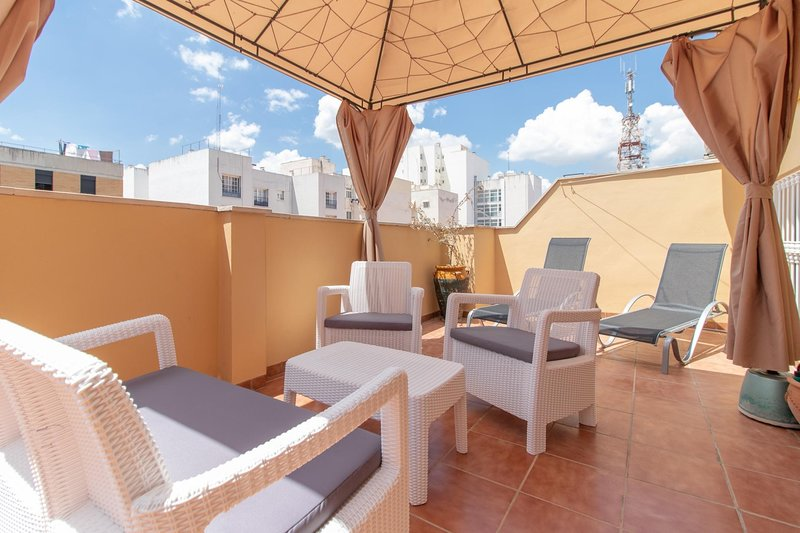 Awesome Terrace One bedroom by the center (C52), holiday rental in Malaga