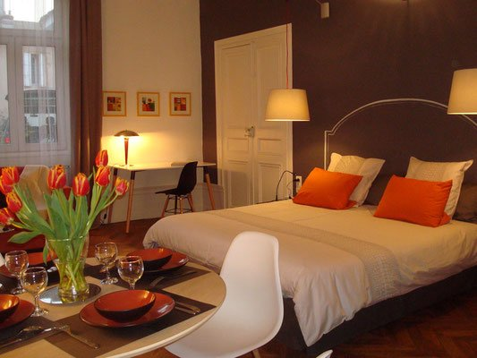 Luxury apartment - 2 to 6 pers Clos Saint Jean I-deal, holiday rental in Chaintre