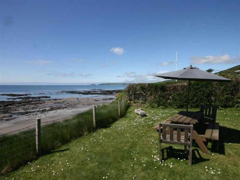 Old Coastguard garden overlooking beach