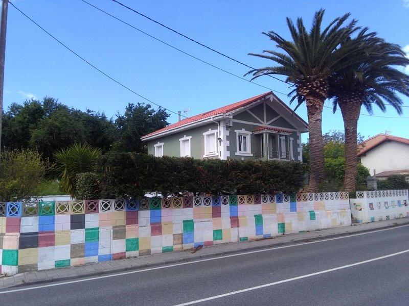 Se alquila casa en Soto de la Marina, holiday rental in Miengo