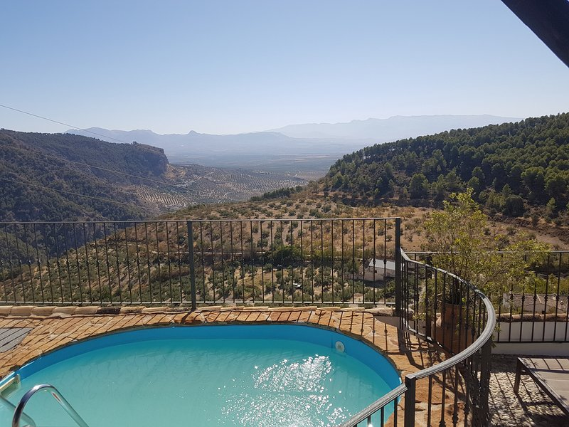 Casa Rural El Gollizno (Granada), holiday rental in Pinos Puente