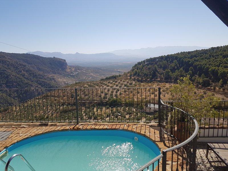 Casa Rural El Gollizno (Granada), holiday rental in Colomera
