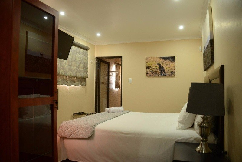 Guest House Ensuite Inhouse King View Rooms with Bath & Shower, casa vacanza a Graskop