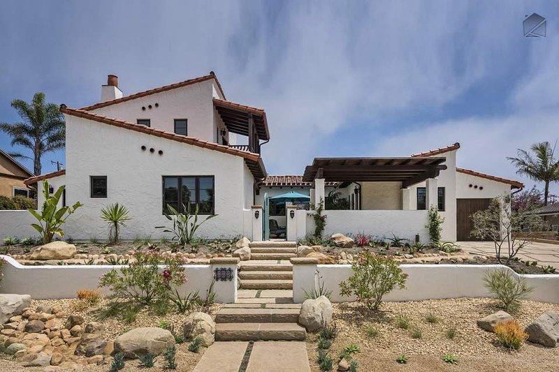 Willkommen zu klassischen Wohn im spanischen Stil, getan Santa Barbara Stil.