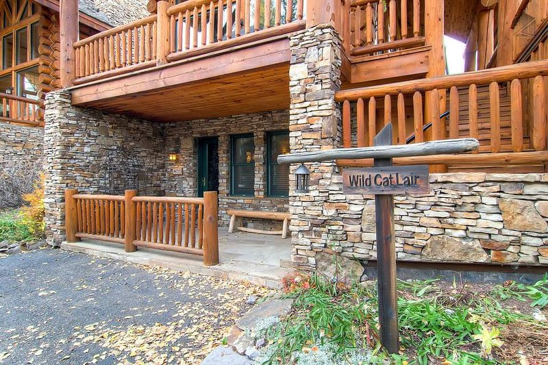 You'll love staying at Wild Cat Lair.