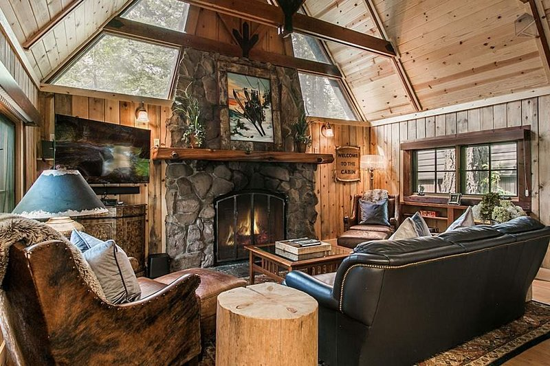 The high ceilings and windows (and large flatscreen TV) will make you quickly forget you're in nature.