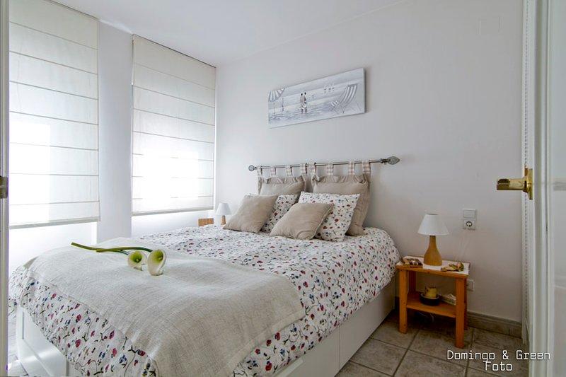MARICEL Apartment - Beach and Pool, aluguéis de temporada em Calafell