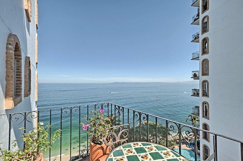 Escape to paradise at this 1-BR, 2-BA vacation rental condo!
